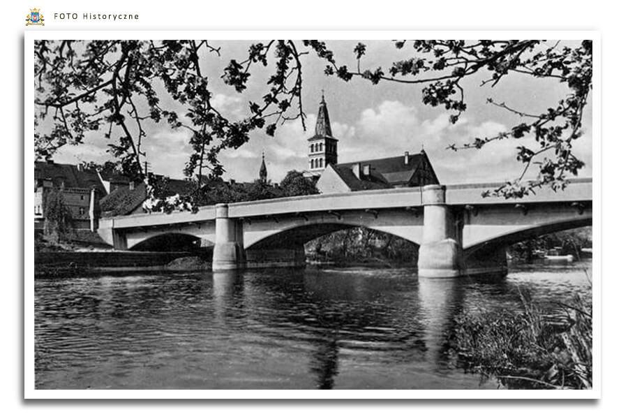 Meseritz - Międzyrzecz - Most przez rzekę Obra , betonowy wybudowany w 1925 r.   Został wyburzony w latach 70-tych