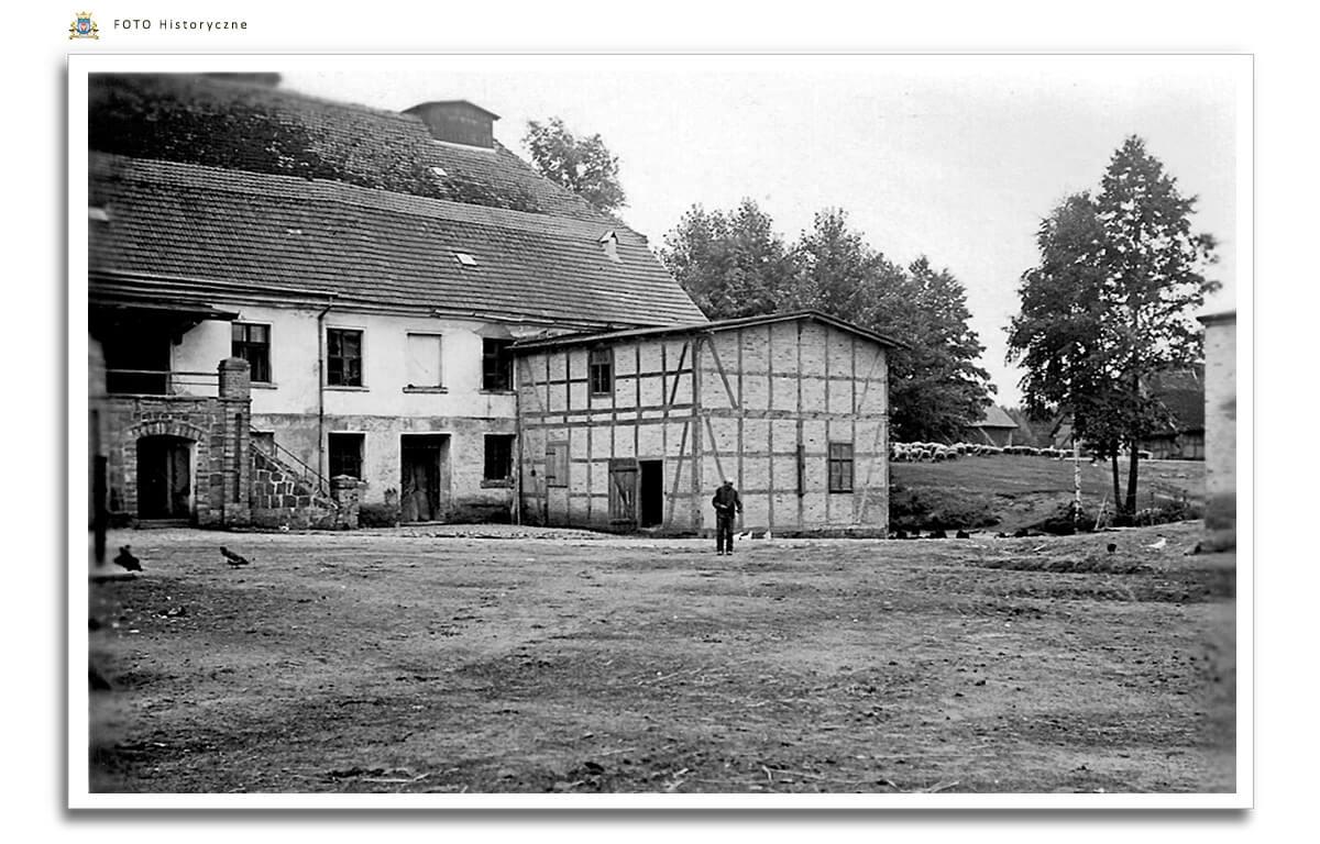Meseritz - Międzyrzecz - Młyn w Skokach -Heidemuhle - od strony dziedzińca ok. 1930  roku.