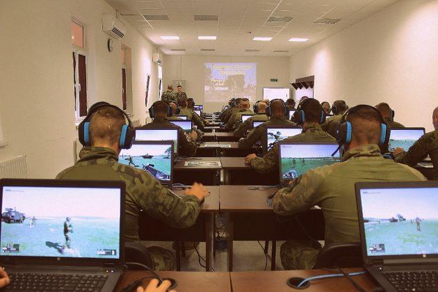 Cyfrowy poligon - zajęcia żołnierzy PKW Rumunia