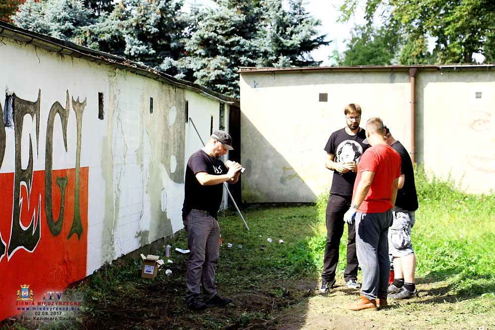 Mural Szare Szeregi w Międzyrzeczu
