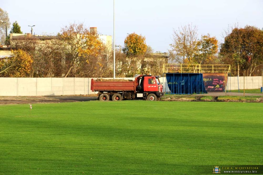 Trwa Remont Międzyrzeckiego Stadionu