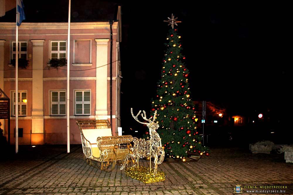 Choinka Świąteczna w Międzyrzeczu
