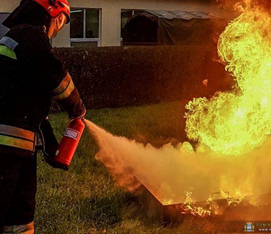 Roczny egzamin strażaków