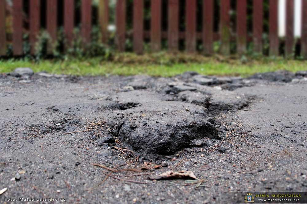 Międzyrzecz: Remont drogi gruntowej na, tzw. Ruczaju na terenie OW Głębokie
