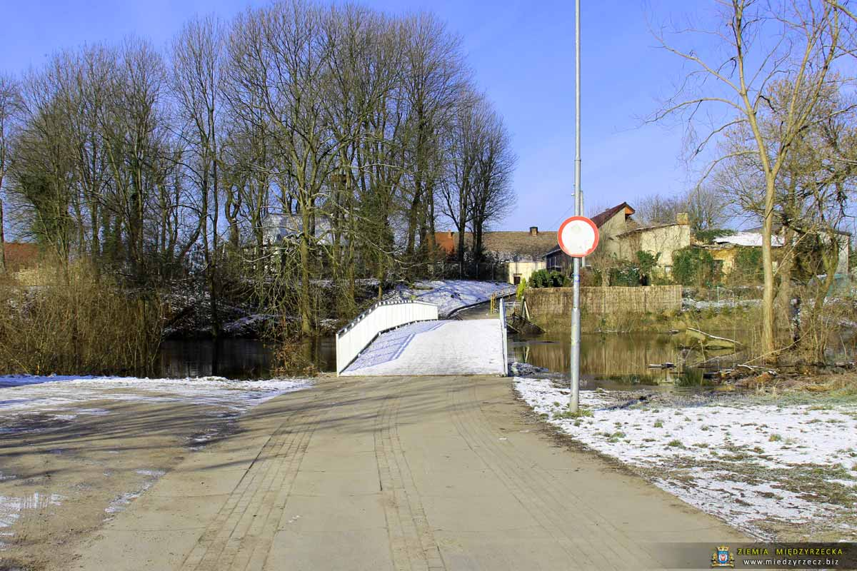 Most w ciągu ul. Ożoga
