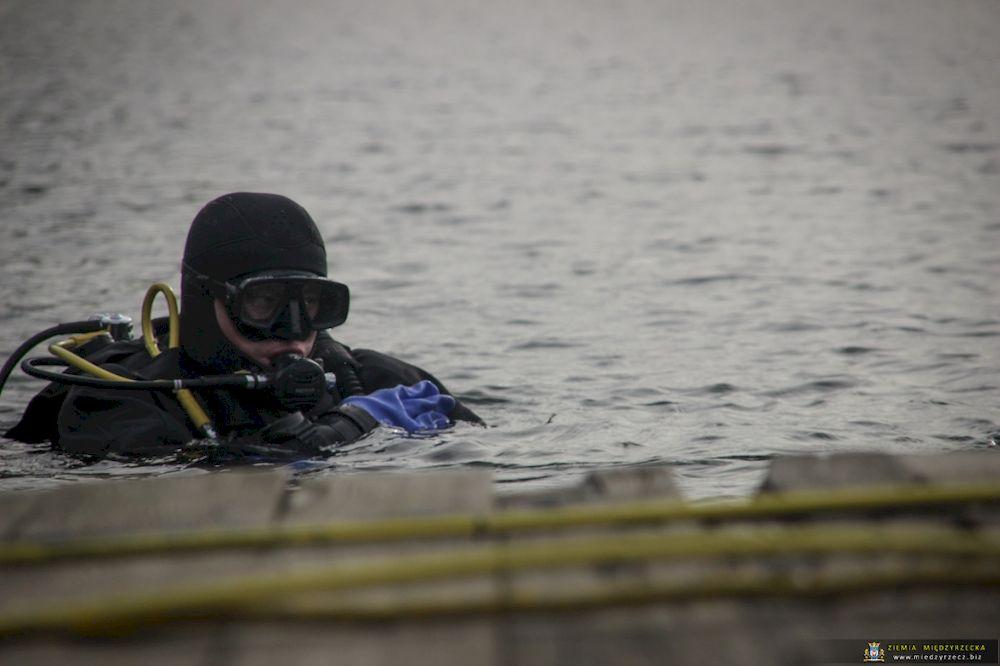 Podwodne Manewry - szkolenie płetwonurków