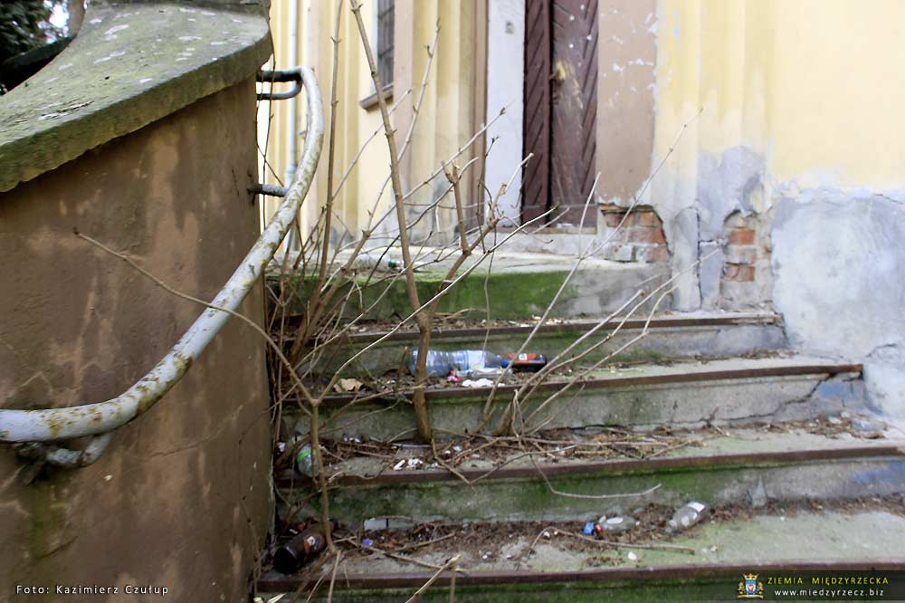 Stan porządków w Międzyrzeczu - ulica Mieszka I