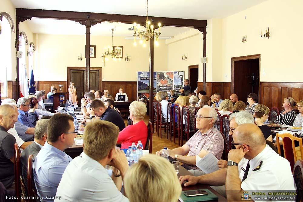 Sklerykalizowana Sesja rady Miejskiej w Międzyrzeczu
