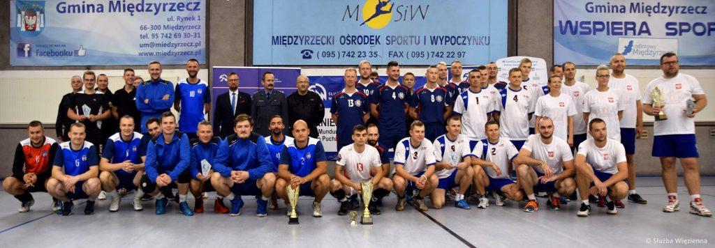 Turniej piłki siatkówkowej służb mundurowych z okazji Setnej Rocznicy Niepodległości