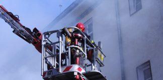Zajęcia pokazowe z działania straży pożarnej w razie zagrożenia.