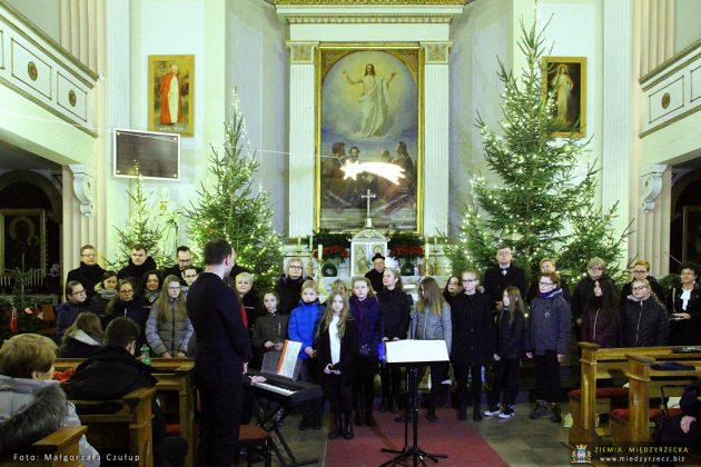 Koncert kolęd w kościele pw. św. Wojciecha w Międzyrzeczu