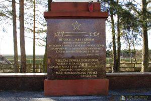 Pomnik żołnierzy radzieckich na cmentarzu wojennym na terenie Międzyrzecza nie będzie zburzony