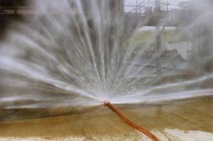 Kurtyny wodne podczas upalnych dni
