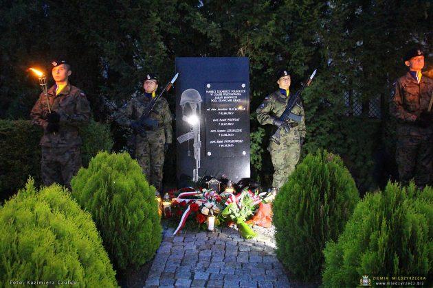 Żołnierzy poległych w misjach poza granicami państwa