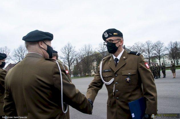 dzień flagi rzeczpospolitej polskiej międzyrzecz 08