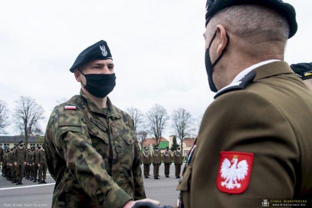dzień flagi rzeczpospolitej polskiej międzyrzecz 10