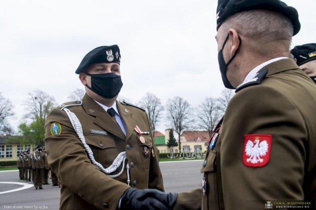 dzień flagi rzeczpospolitej polskiej międzyrzecz 11