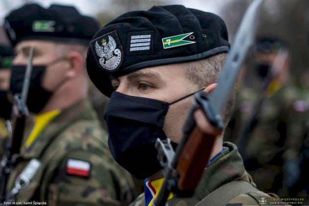 dzień flagi rzeczpospolitej polskiej międzyrzecz 14