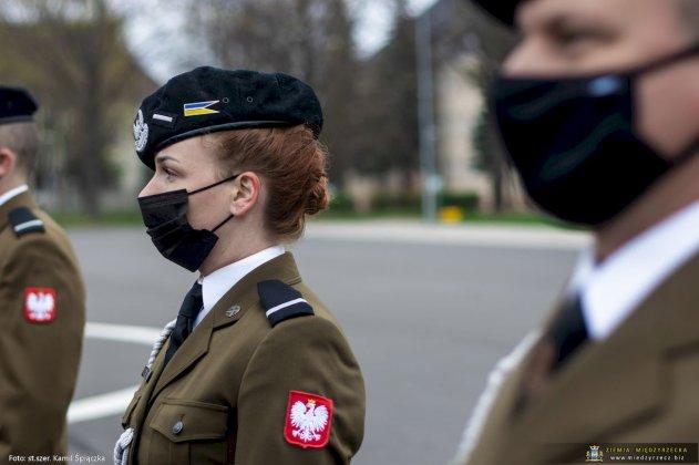 dzień flagi rzeczpospolitej polskiej międzyrzecz 15