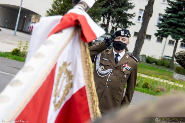dzień flagi rzeczpospolitej polskiej międzyrzecz 19