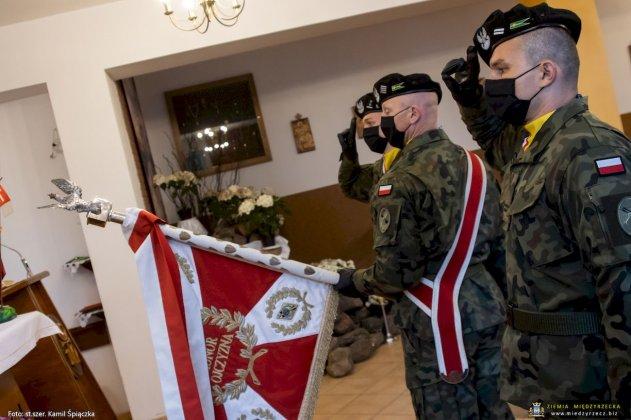 dzień flagi rzeczpospolitej polskiej międzyrzecz 24