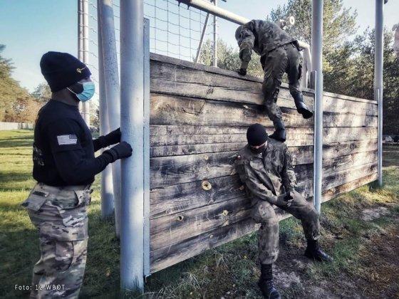 żołnierze walczyli o ostrogi 003