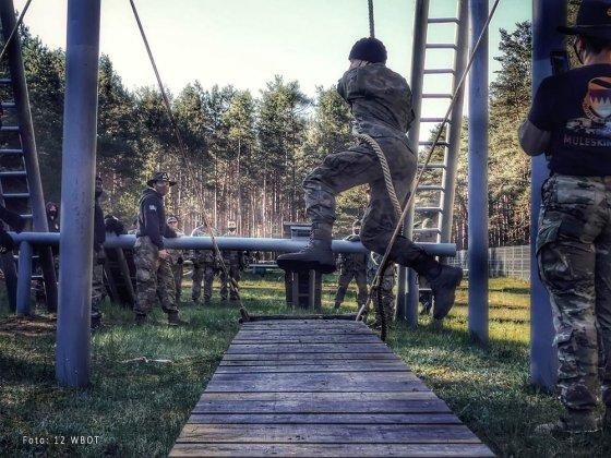 żołnierze walczyli o ostrogi 004