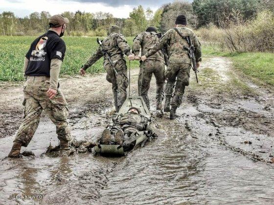 żołnierze walczyli o ostrogi 006