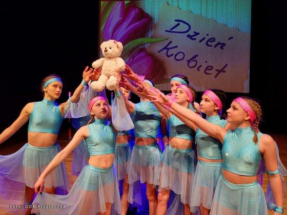 zespÓŁ taneczny new dance family 008