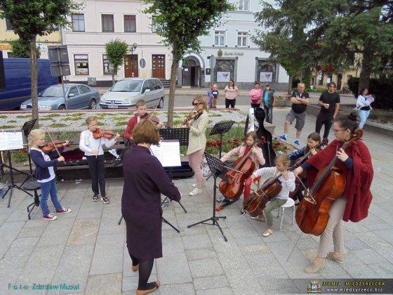 koncerty plenerowe 31